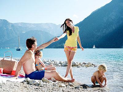 Badetag mit der Familie am Achensee | © Achensee Tourismus